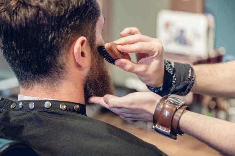 Szczotka do czesania brody